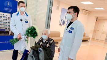 Врачи Сеченовского университета вылечили столетнего пациента с коронавирусной инфекцией